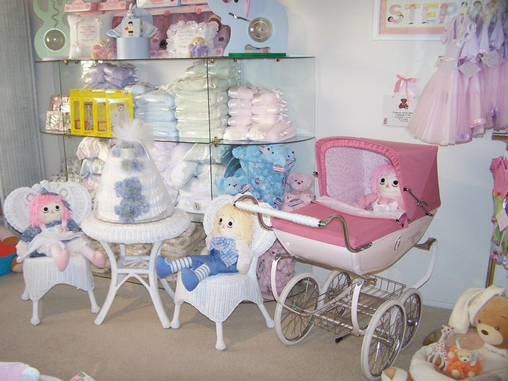 Below you will find a list of the baby stores in Beverly Hills, CA. These 40 baby stores are organized by their distance from Beverly Hills.