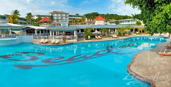 Five best caribbean all inclusive family resorts for Top 5 all inclusive resorts