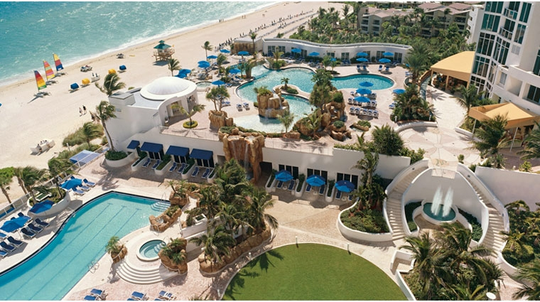 Family Travel With Kids, Trump International Beach Resort Summer Family Travel With Kids