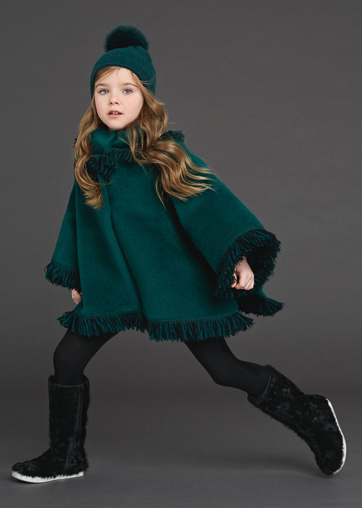 Kids Outfits Clothes Fashion: Girls Dolce & Gabbana Winter 2016 Collection